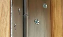 door hinges repairs replacements